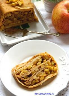 Блинчики с яблоками или блинный рулет с карамелизированными яблочками
