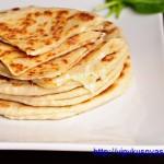 Мгновенный хачапури с сыром на сковороде