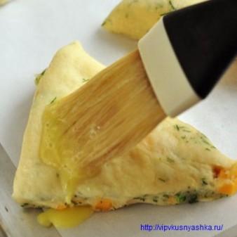 Сдобные булочки с сыром и укропом