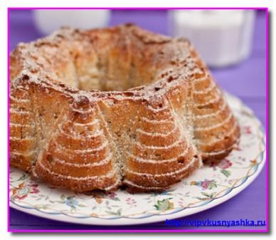 Вкусный кекс с грушей и миндалем