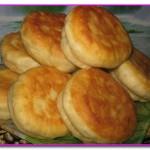 Жареные булочки с творогом