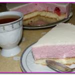 Клубнично - творожный торт суфле